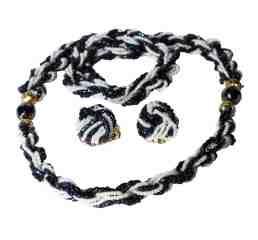 Hobe necklace-earring set.jpg